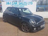 MINI HATCH COOPER 1.6 COOPER D 3d 112 BHP A GREAT EXAMPLE INSIDE AND (black) 2013