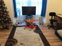 1 Bedroom Flat to Rent / Let Ilford, Garden, Parking