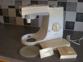 Kenwood Electronic Food Mixer KM200 £55 ono