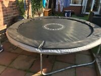 8ft trampoline, good condition, no net.. £20 Ono