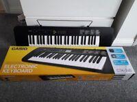 Casio CTK240 full sized electronic keyboard