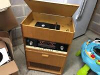 Bulgarian gramoradio AKORD-104 valve radio record deck