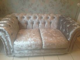Brand new silver crushed velvet chesterfield diamanté 2 seater sofa settee