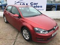 VOLKSWAGEN GOLF 2.0 SE TDI BLUEMOTION TECHNOLOGY 5d 148 BHP A GREAT EXAMPLE INSIDE AND OUT 2013