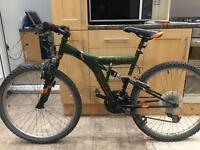 """Adults Apollo outraged mountain bike. 18"""" Frame 26"""" wheels lightweight Fully Working!"""