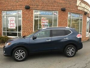 2015 Nissan Rogue SL AWD - Fully loaded model!