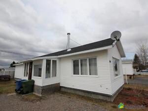 125 000$ - Maison mobile à vendre à St-Honore-De-Chicoutimi Saguenay Saguenay-Lac-Saint-Jean image 1