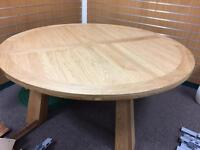 Solid wood table, D 180cm