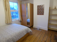 Beautiful, large double room on Cowley Road, £695 pcm including all bills