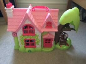HappyLand Cherrylane cottage