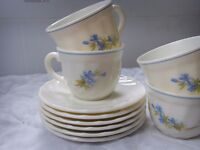 Arcopal teaset 6 cups and 6 saucers with blue floral pattern