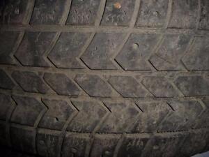 4 pneus d'hiver Arctic Claw Winter XSI, 245/75/16