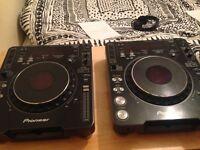 2x Pioneer CDJ MK3s in excellent condition