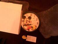 DISNEY QUARTZ WALL CLOCK