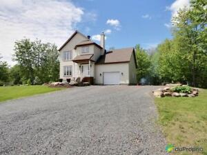 284 900$ - Maison 2 étages à vendre à Granby