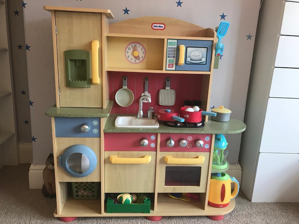 Children S Lovely Little Tikes Wooden Kitchen In Excellent Condition