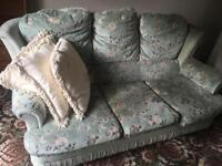 3 Seater Sofa & 2x Single Chairs