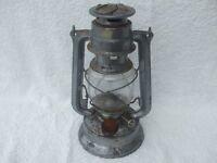 "OLD VINTAGE ""OIL LAMP"""