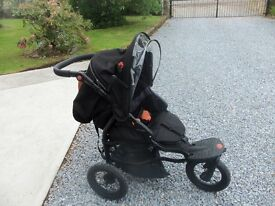 Mamas and Papas 003 Sport Pram with cosy-toes and rain cover - good condition