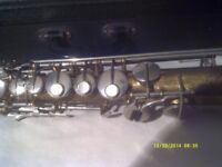 STRAIGHT SOPRANO SAXOPHONE in GOLD LACQUER complete with MOUTHPIECE & EXCELLENT CASE