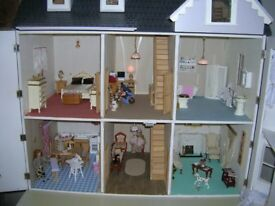 Doll House fully funished with lighting plus family £200