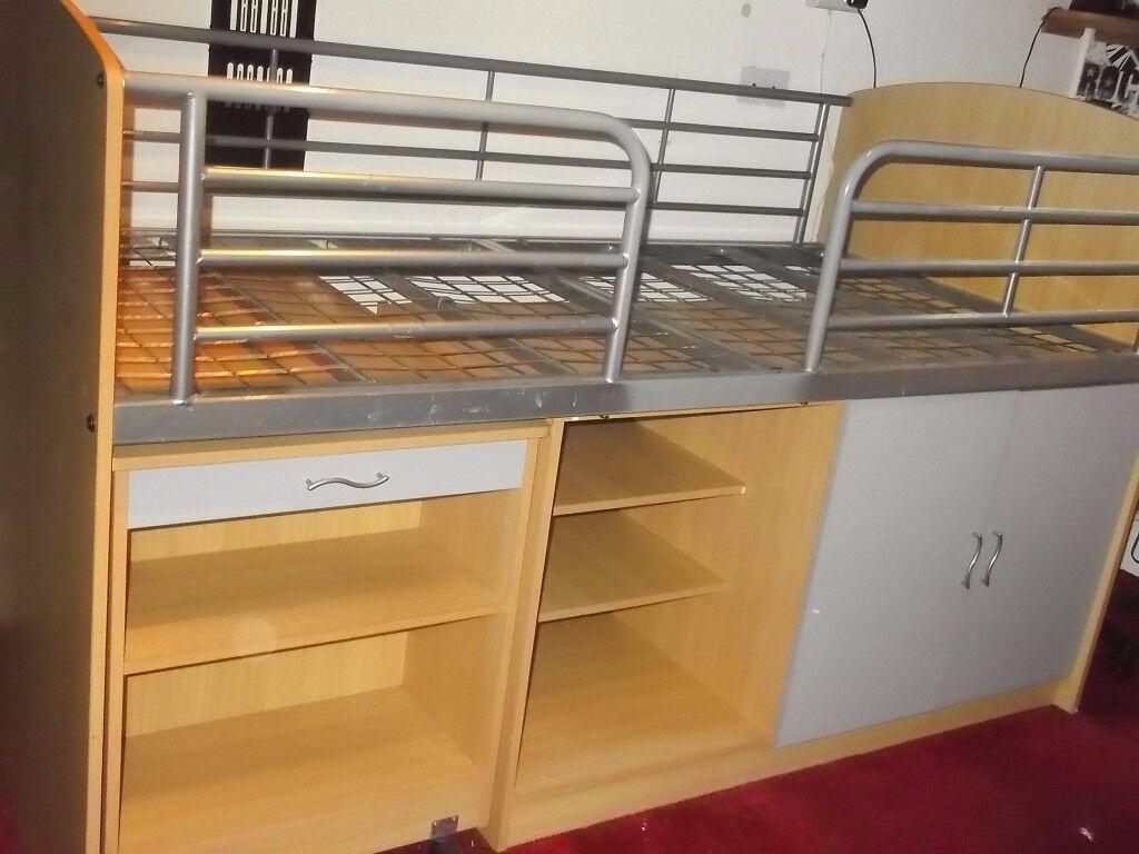 Cabin Bed & Matress