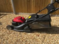 Honda HRX476C 19in cut mower in excellent condition