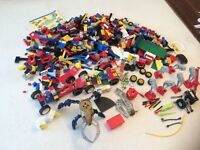 LEGO - A BOX LOAD OF PIECES