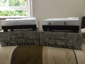 Two Technics SL1210 MK5 and 2 needle Ortofon Concorde Pro S