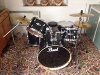 GOOD AS NEW Pearl Export 5 piece drum kit and sabian symbols