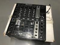 Pioneer DJM 700 DJ Mixer - Needs attention