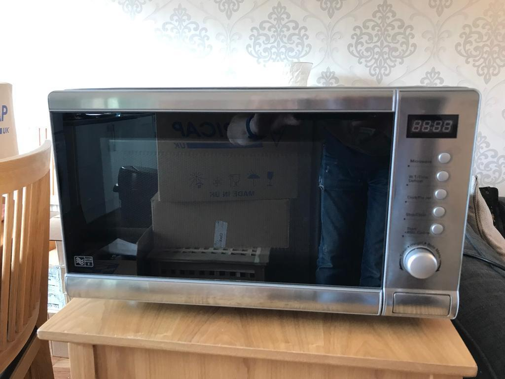 800w MicrowaveBrushed stainless steelin Newton Mearns, GlasgowGumtree - FOR SALE 800W Sainsburys Brushed stainless steel microwave In superb conditionOnly selling as we moved yesterday and we now have an integrated one Only used for heating baby milk and vegetables Any questions, just ask!