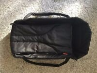 Phil & Teds newborn cocoon/carrycot, black, barely used