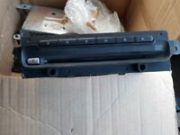 Nissan primers CD player & LCD screen