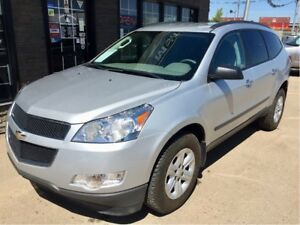 2011 Chevrolet Traverse 7 PASS AWD ONLY 93K!