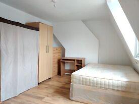 BILLS INC, FURNISHED ROOM, LIMEHOUSE, E1, £600 PCM