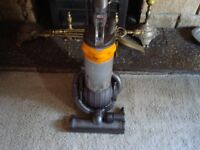 DYSON,DC 25 BALL HOOVER.IN VERY GOOD CONDITION.