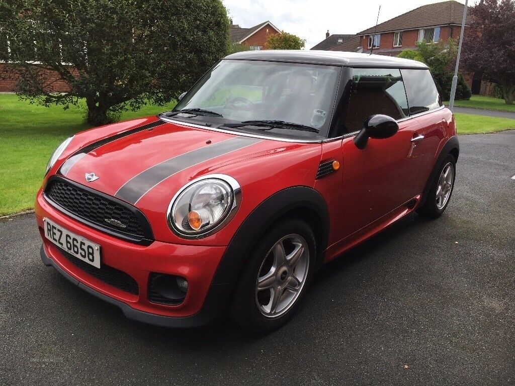 Stunning 2008 Mini Cooper with factory fitted JCW kit