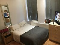 Lovely double room in quiet area - couples welcome!