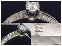 18 Carat Gold Stunning Diamond Ring