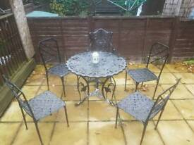 Vintage garden table and chairs 5x in black