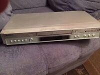 Toshiba DVD Video Player SD-220E