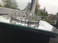 Swarskovski crystal tiara