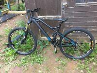 Mountain Bike - Mondraker Foxy R 2015, Medium, Excellent condition.