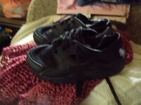 boys trainers size 12 by nike