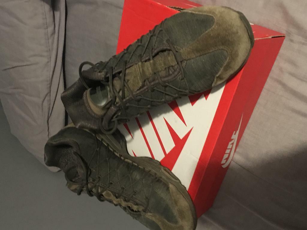 dfcac66de389 Nike air max 95s. Reddish ...