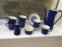 Vintage 1950/60's Coffee set, 6 cup/saucer, milk and sugar and cofffee pot. Stunning colour.