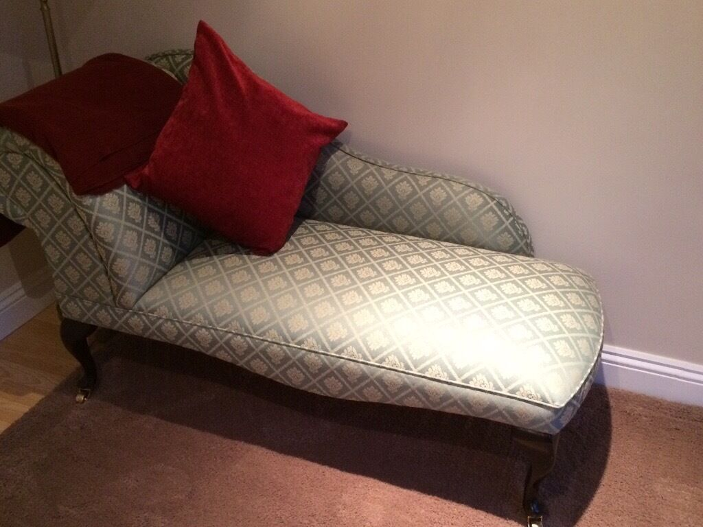 Small Queen Anne Chaise Lounge In Bramley Hampshire Gumtree