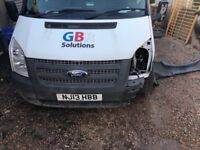 Ford transit 9 seater accident damaged low mileage