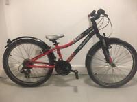 """Specialized Hotrock 24"""" wheels - 21 speed kids bike"""